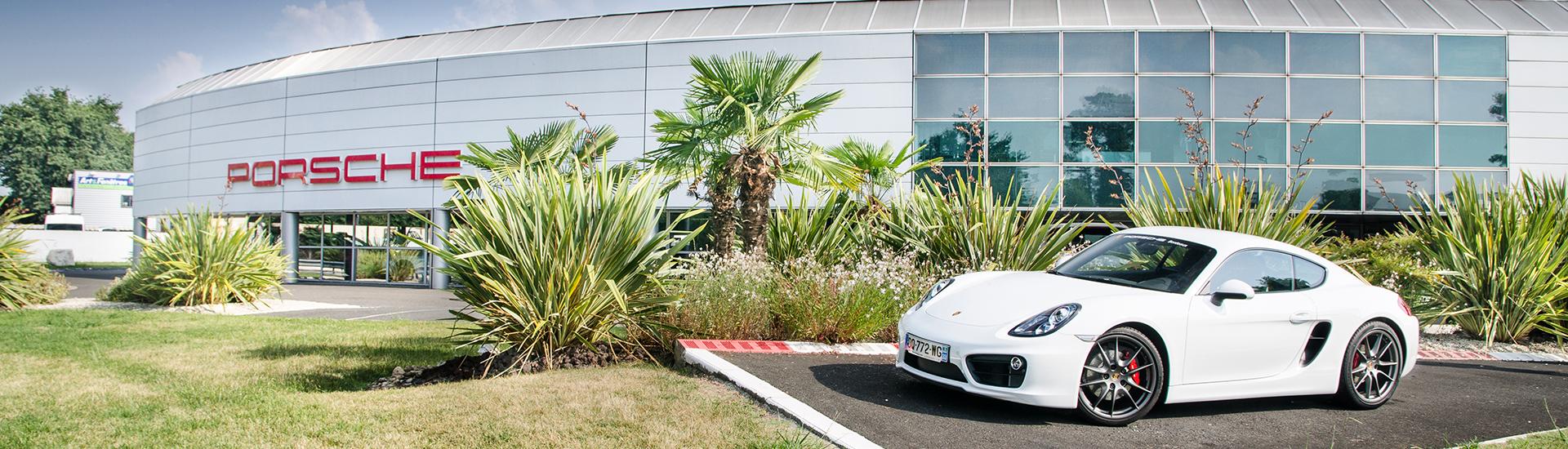 Centre Porsche Bordeaux situé à Pessac en Gironde.